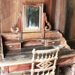 Painting For Living Room Feng Shui Paint Ideas Gray Photos: Ancient Wooden House In Hue - News Vietnamnet