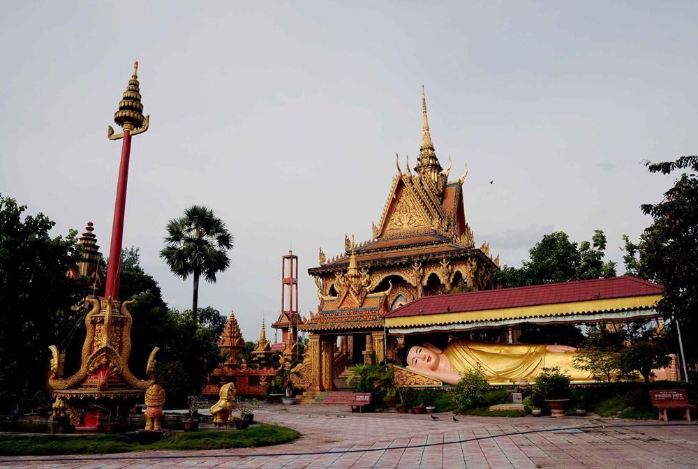 Khmer temple Monivongsa Bopharam in Ca Mau, travel news, Vietnam guide, Vietnam airlines, Vietnam tour, tour Vietnam, Hanoi, ho chi minh city, Saigon, travelling to Vietnam, Vietnam travelling, Vietnam travel, vn news