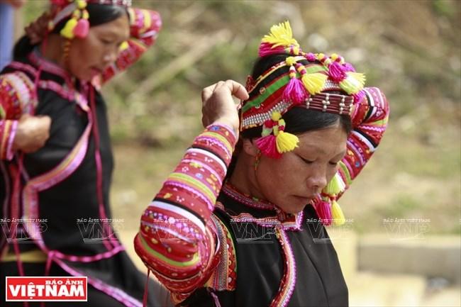 Unique headwear of La Hu women, entertainment events, entertainment news, entertainment activities, what's on, Vietnam culture, Vietnam tradition, vn news, Vietnam beauty, news Vietnam, Vietnam news, Vietnam net news, vietnamnet news, vietnamnet bridge