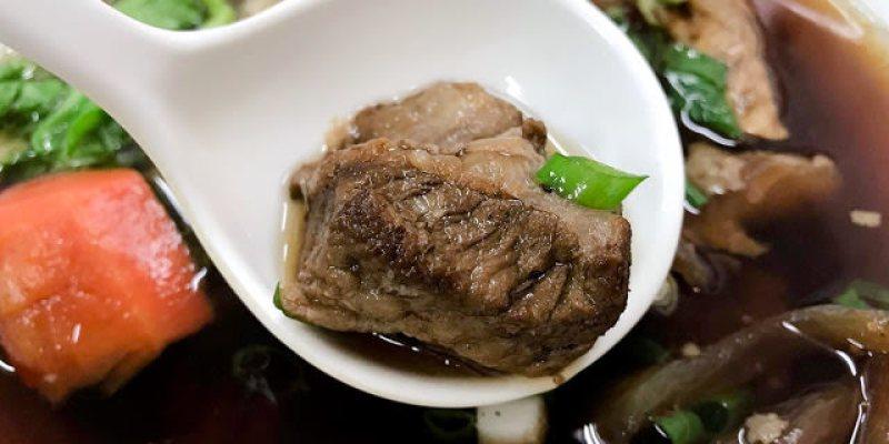 台中烏日│廟口明牛肉麵*土地公廟旁的超低調牛肉麵。清甜紅燒湯頭還有Q嗲嗲的牛筋唷!