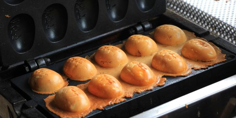 台中西區│吃貨農場雞蛋糕*每日都有不同限定隱藏口味。還有新鮮鵪鶉蛋口味等你來嚐鮮