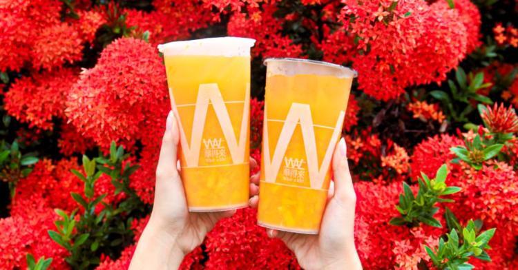 夏日限定芒果綠茶就在華得來!滿滿半杯的新鮮芒果果肉超滿足!