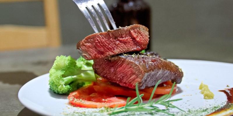 上層人生再進化!傳說中台中最佛心的牛排,想吃還要看緣份!