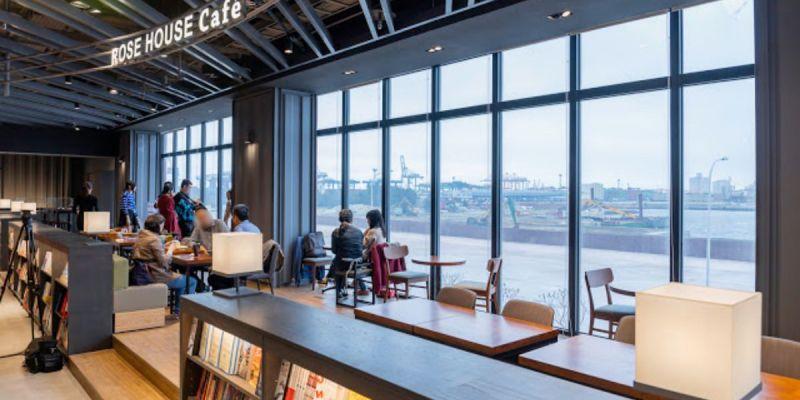 台中最新180度海景咖啡,下午時刻人潮多,舒芙蕾要等半小時的ROSE HOUSE CAFE