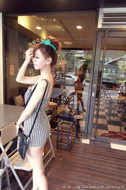 英式60's復古Ton Up Cafe x 百元愛穿搭時光 - Chiao
