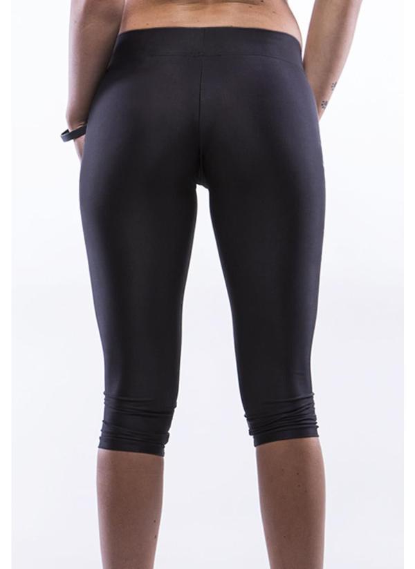 Black Cartoon Princess Print Knee Length Yoga Pants - Chicuu