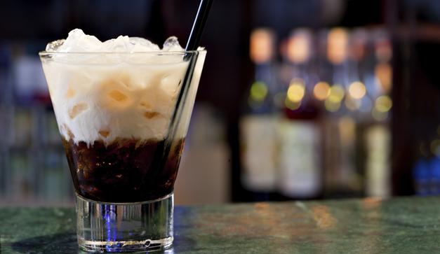 Bebidas malteadas y postres de caf con piquete  Chilango