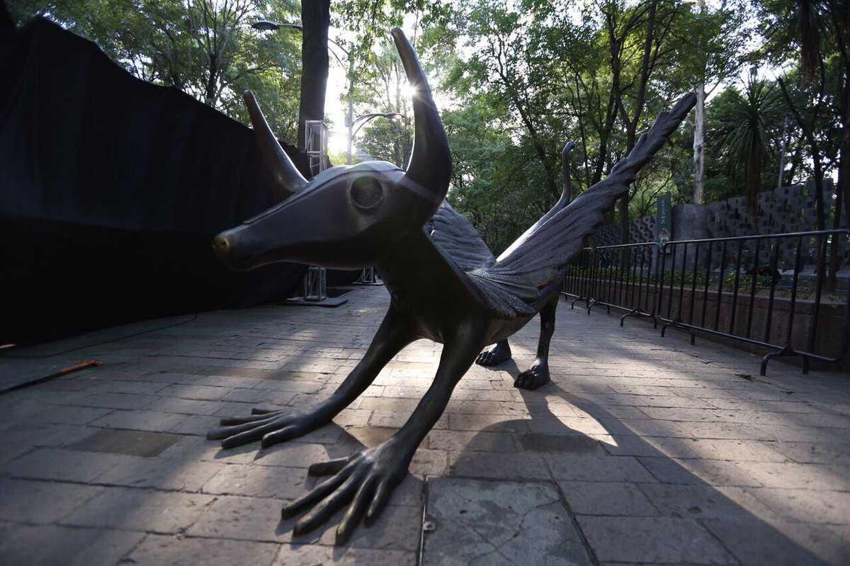 FOTOS Esculturas de Leonora Carrington llegan a Chapultepec