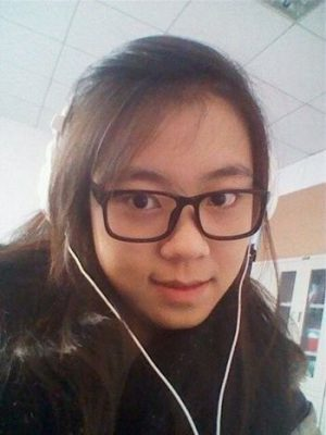 A photo of Liu Xiao'ao she took with her cell phone by herself.