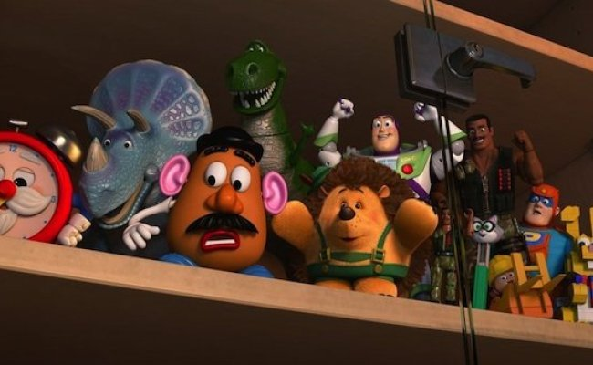 Toy Story Of Terror Images Tease Woody Jessie Buzz And