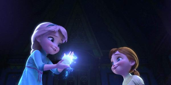 Young Elsa And Anna in Frozen 2013
