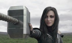 The Motive Thor: Ragnarok Modified The Location Of That Hela Hammer-Smashing Scene