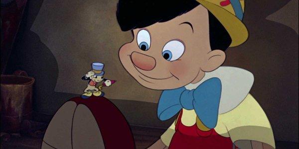 Jiminy Cricket meeting Pinocchio in Pinocchio