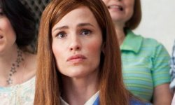 Why Sure, Jennifer Garner Sells Lady Scout Cookies With Her Child
