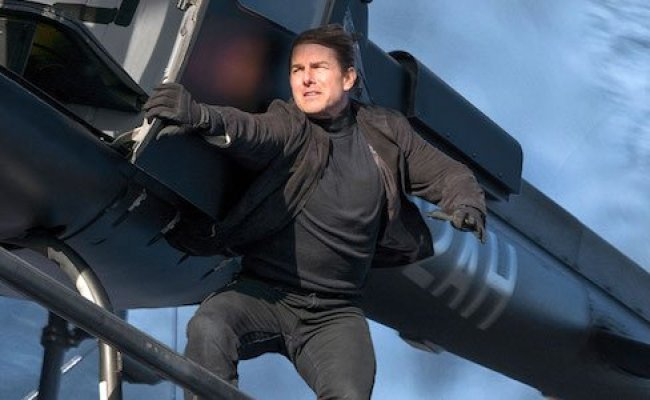 It S Crazy Tom Cruise Didn T Die Filming This Mission