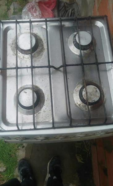 Cocina escorial gas envasado  ANUNCIOS Agosto  Clasf
