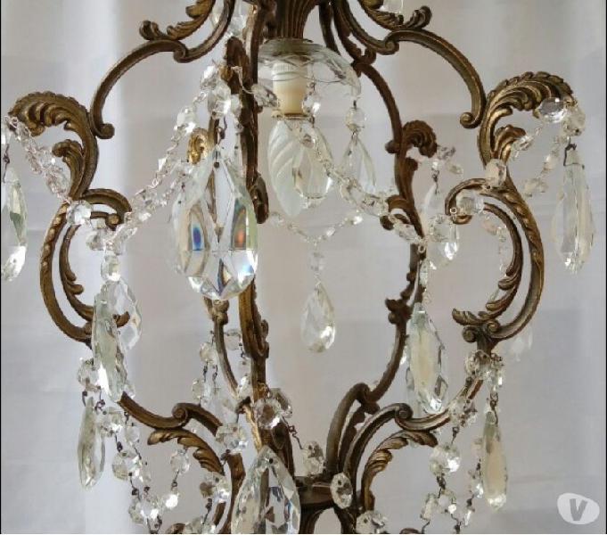 Lampadario con gocce di cristallo e piccole sfere di cristallo, sette luci, stile regina marie thérèse, inizi xx secolo, fili elettrici esterni,. Antico Lampadario Annunci Agosto Clasf