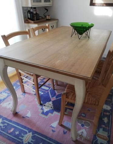 Il marchio di mobili svedese ikea fa già parte di milioni di case in tutto il mondo. Tavolo Maison Du Mondo 4 Sedie Ikea A Milano Clasf Casa E Giardino