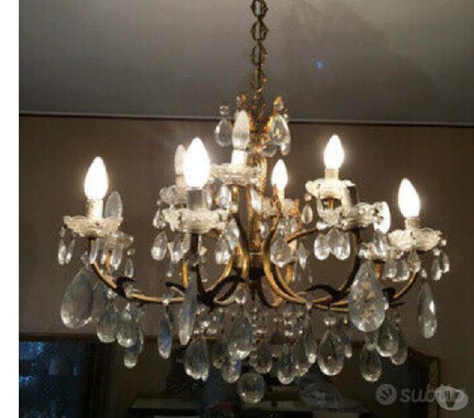 lampadario cristallo boemia l12869/12, prodotto da renzo del ventisette, è un magnifico ed elegante lampadario in stile classico, con elementi di ispirazione barocca. Lampadario Cristallo Boemia A Milano Clasf Casa E Giardino