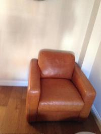 Italian leather sofas chair in cannock | Posot Class