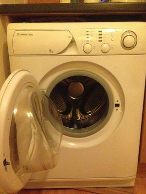 Washing machine ariston margherita bristol  Posot Class