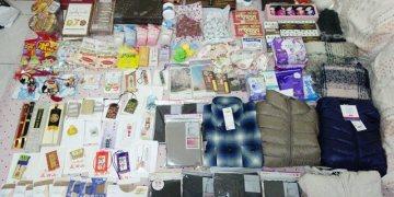 ▌日本。敗家▌東北賞楓♥戰利品♥隨便買也可以擺滿一床