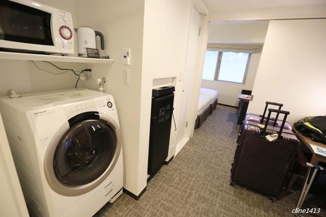 ▌東京住宿推薦▌地鐵一分鐘♥東急Stay新宿Tokyu Stay Shinjuku♥房間裡有洗脫烘衣機、微波爐、購物超方便
