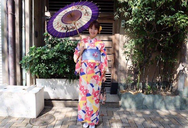 ▌東京和服體驗▌孕期24週穿和服漫遊淺草♥淺草愛和服♥有中文翻譯、和服花色美、cp值高的淺草和服