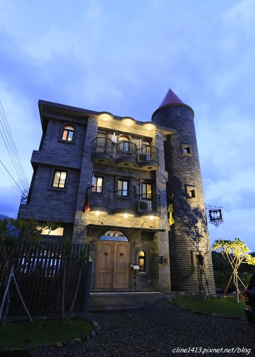 ▌宜蘭民宿▌彷彿置身德國童話城堡 。礁溪♥艾德堡德國城堡民宿♥ 品嚐道地德國美食大餐