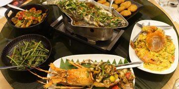 ▌泰國曼谷必吃美食▌比建興酒家更美味的咖哩螃蟹♥Savoey Thai Restaurant ♥在地人最愛的老字號平價海鮮