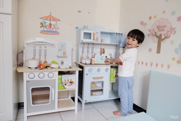 ▌育兒好物▌北歐風質感玩具【荷蘭New Classic Toys木製廚房玩具組】連媽媽都想玩的小廚房(現貨團)