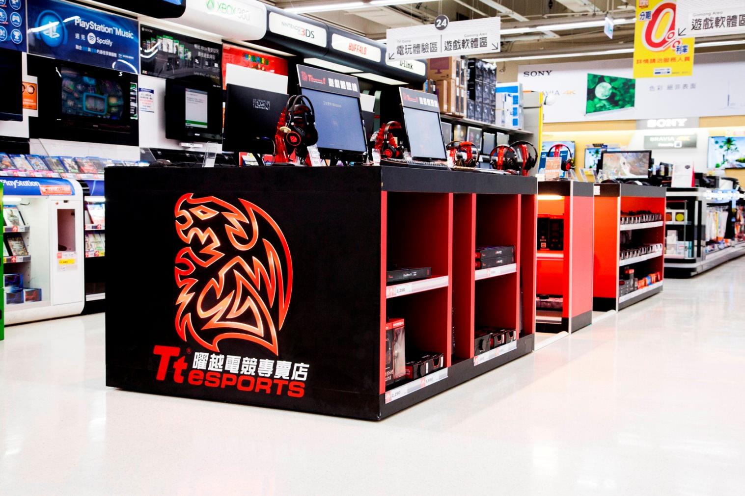《曜越Tt eSPORTS電競專賣店》進駐家樂福新店門市 打造零距離完美電競體驗 - 電腦DIY