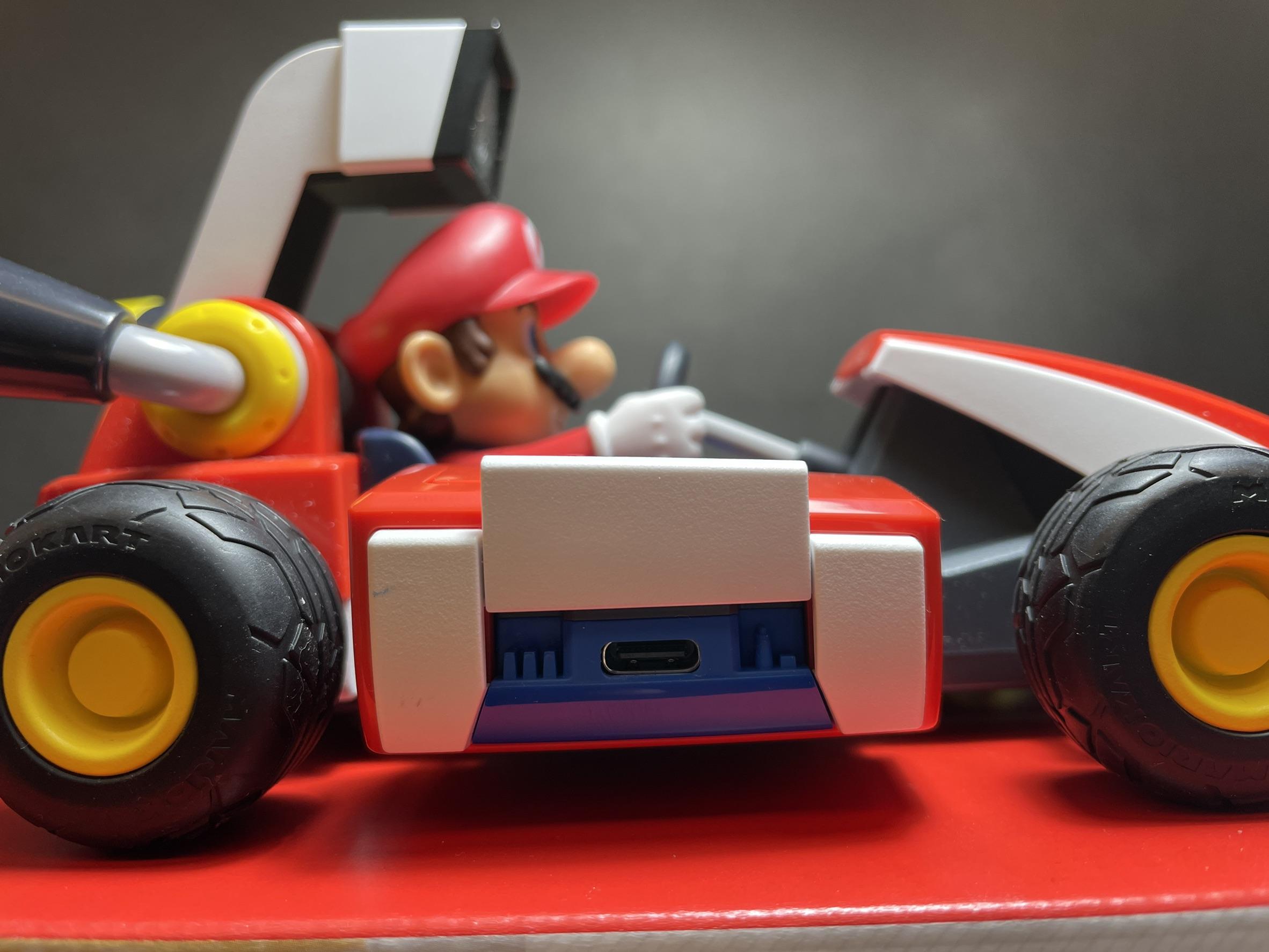 Switch <馬利歐賽車實況:家庭賽車場> 遊戲開箱! - 電腦DIY