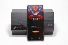 旗艦電競手機 ROG Phone 5s Pro開箱動手玩!效能大升級許多亮點等玩家來體驗