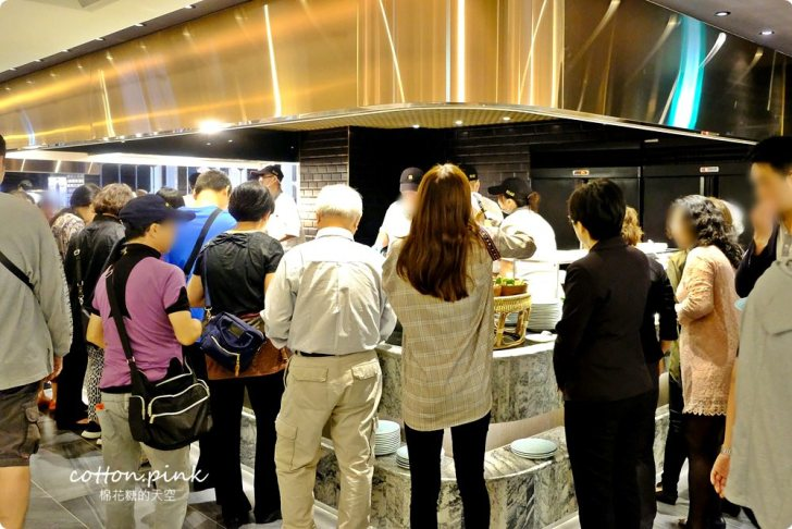20190509211326 76 - 熱血採訪│漢來海港自助餐廳吃到飽回來囉!一開幕人潮大爆滿,沒先預約會排到哭