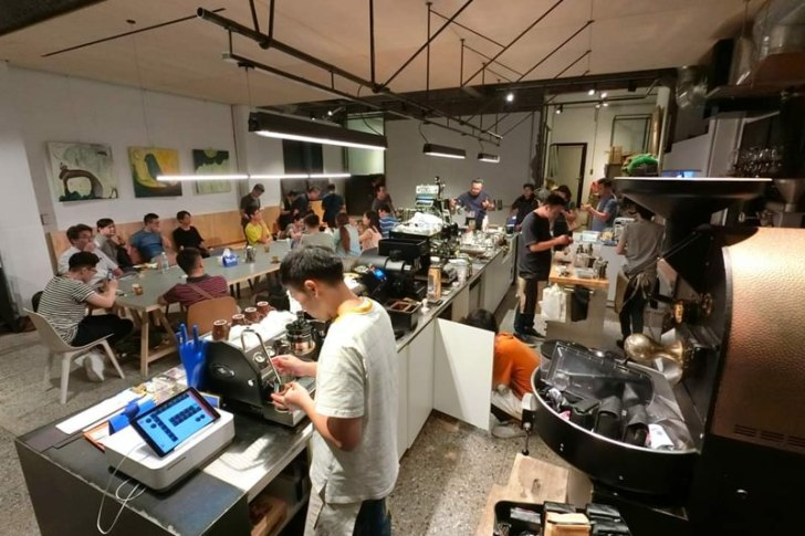 20200114210845 48 - 只有一晚!台中知名咖啡師大集合~喝完一輪要付多少錢自己決定!