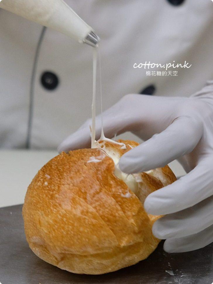 20200314162722 18 - 熱血採訪│韓國最夯的蒜蒜包!巴蕾麵包改良過,鹹甜鹹甜牽絲更好吃