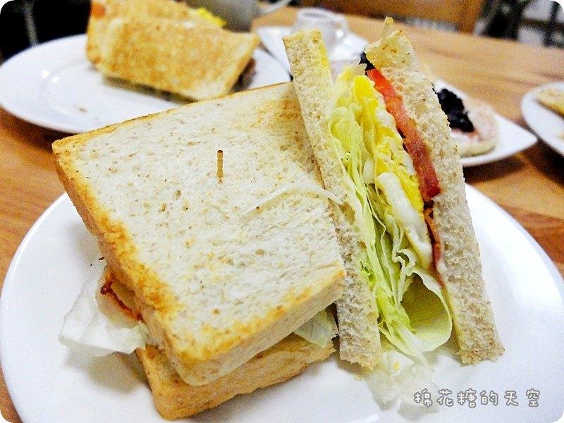 """《臺中美食》平價,美味,用心~快來""""蘇菲亞的早晨""""享用超級好吃的早午餐,自製麵包,自製醬料~美好 ..."""