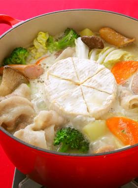 カマンベールチーズごま豆乳鍋