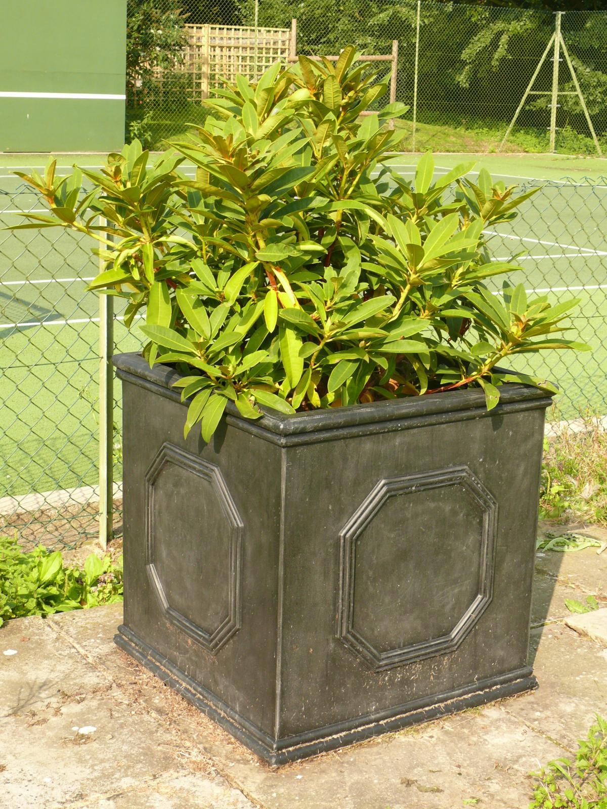 Large Plant Pot 55cm Garden Planter Chelsea Cube Lead