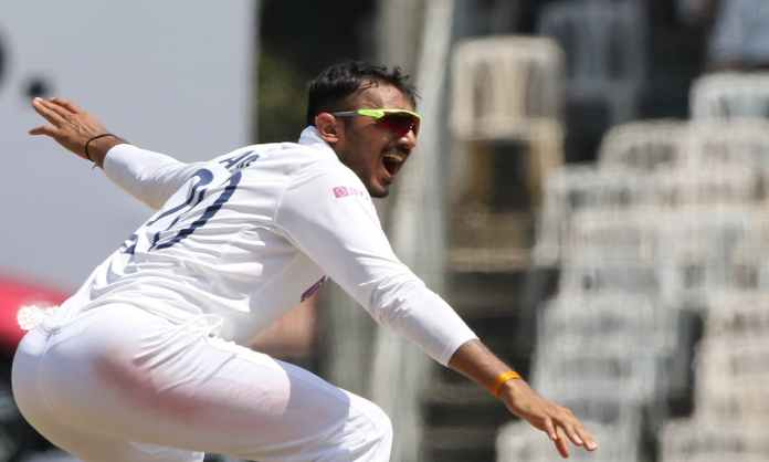 Cricket Image for According To Dheeraj Parsanna Axar Patel Has The Art Of Bowling Straight On The Tu