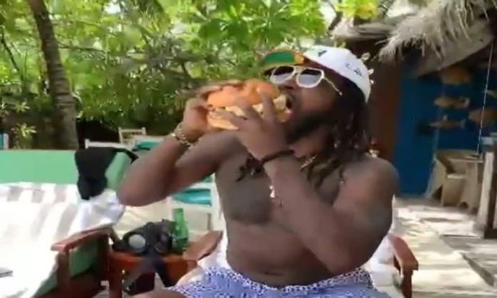 Cricket Image for Chris Gayle Turns Quarantine Into Holidays Said Universe Boss Eats Biggest Burger