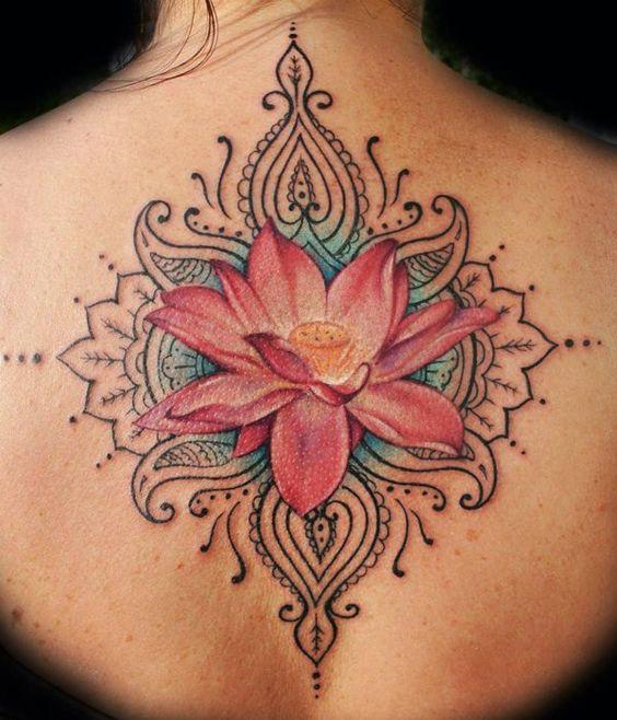 22 Ideas De Tatuajes De Flor De Loto Y Su Significado Diseño Diseño