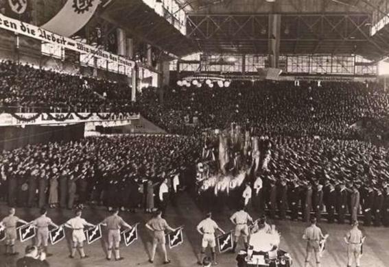 festejo nazi en argentina himno-h600