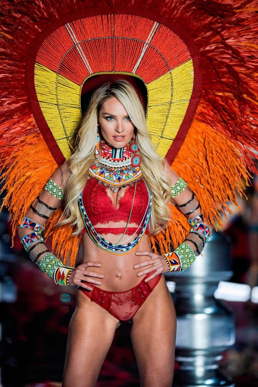 Las alas más impresionantes de Victoria's Secret 11