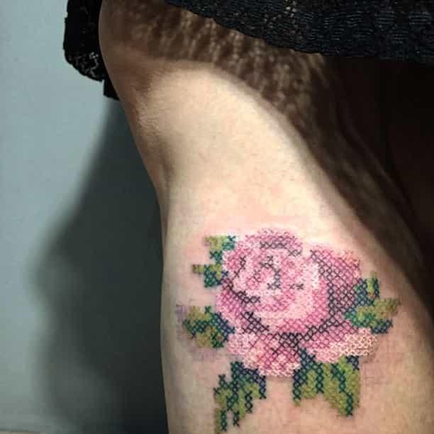 15 ideas de tatuajes de bordados huicholes y otomíes 1