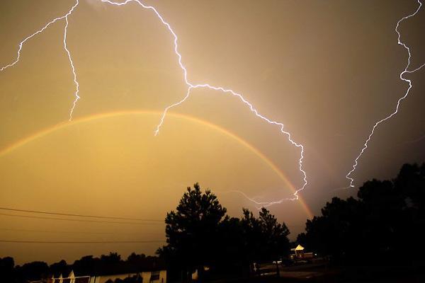 rayos y tormenta