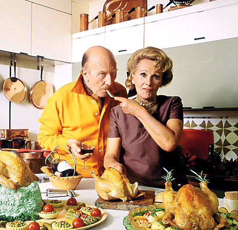 Johnnie (left) and Fanny Cradock