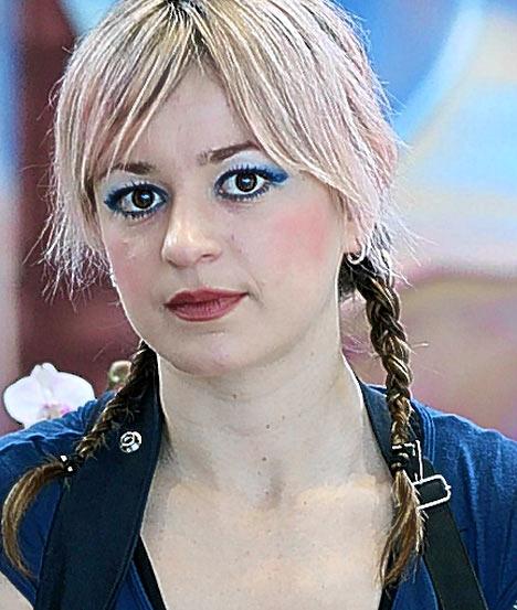 Sarah Desrosiers hairdresser