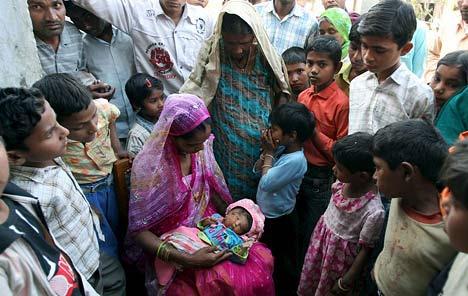 Dos bebés encabezada